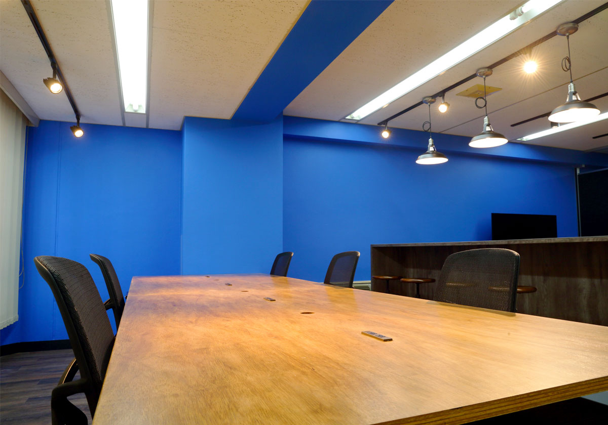 執務室・会議室など個別の空間に合わせたコーディネートが可能